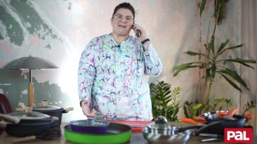 Pal Cookware - Leave us, Doretta!