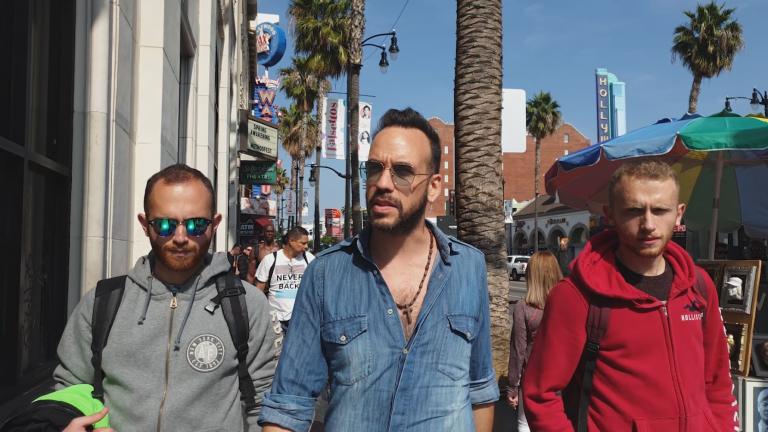 Jumbo Selfie, Jumbo Trip: The L.A. Contest